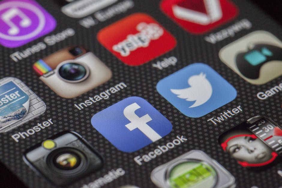 les réseaux sociaux sont morts, vive les blogs